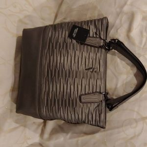 Simply Vera Pewter Catherine Tote New with tag